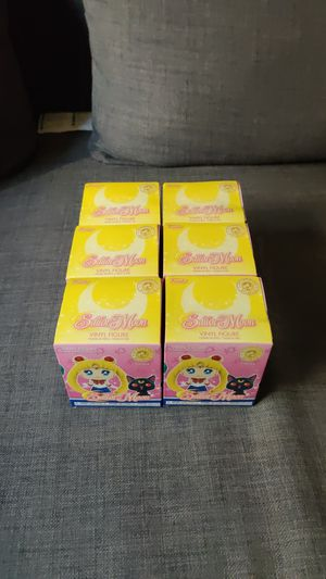 Sailor moon (Mystery mini's) 6 pack for Sale in Salida, CA