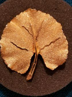 Vintage 1960's BSK Goldtone Texrured Leaf Pendant/Brooch for Sale in Georgetown,  TX