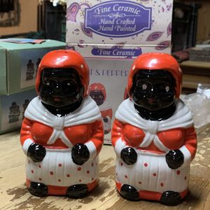 Salt And Pepper Shakers for Sale in Sunbury, PA