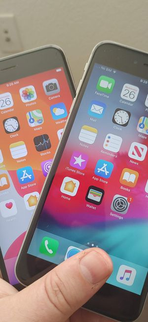 2 att sim unlocked Apple iPhone 6S plus 32gb for Sale in Elk Grove, CA