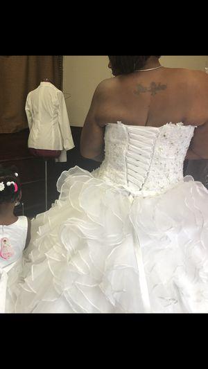 Wedding dress for Sale in WARRENSVL HTS, OH