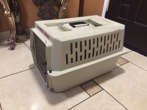 Med/small cage for Sale in Grand Prairie, TX