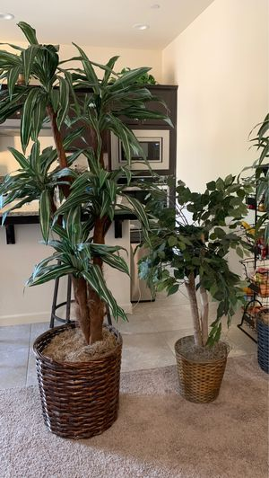Fake tree for Sale in Fresno, CA