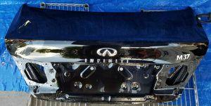 2011 - 2013 INFINITI M37 TRUNK LID TAILGATE SHELL W/O SPOILER BLACK for Sale in Fort Lauderdale, FL