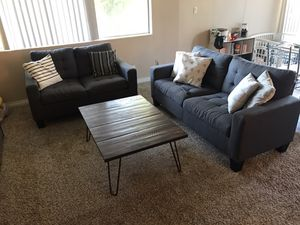Sectional couch for sale ! First come first serve. Great condition. for Sale in Anaheim, CA