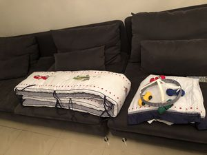 CRIB BARRIER & BABY BLANKET for Sale in Orlando, FL