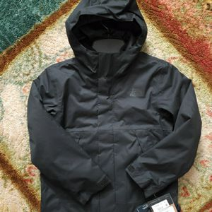 NEW THE NORTH FACE JACKET BOYS XXS for Sale in Columbus, OH