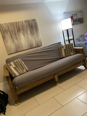 Futon sofa. Fits two people. for Sale in Coconut Creek, FL