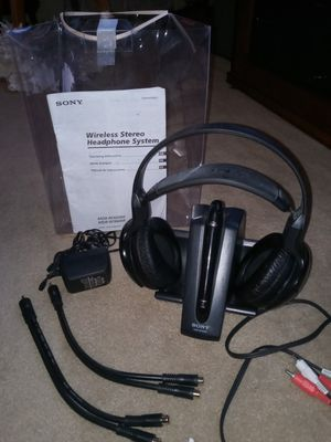 SONY Wirelss Stero Headphones System. MDR-RF920RK for Sale in Woonsocket, RI