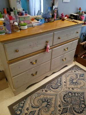 Girls Bedroom set Furniture for Sale in Chantilly, VA