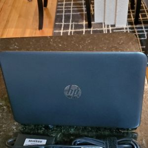 Hp Laptop With Windows 10pro for Sale in Alexandria, VA