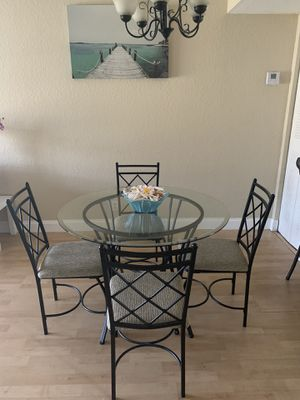Moving! Glass kitchen table! for Sale in Riviera Beach, FL