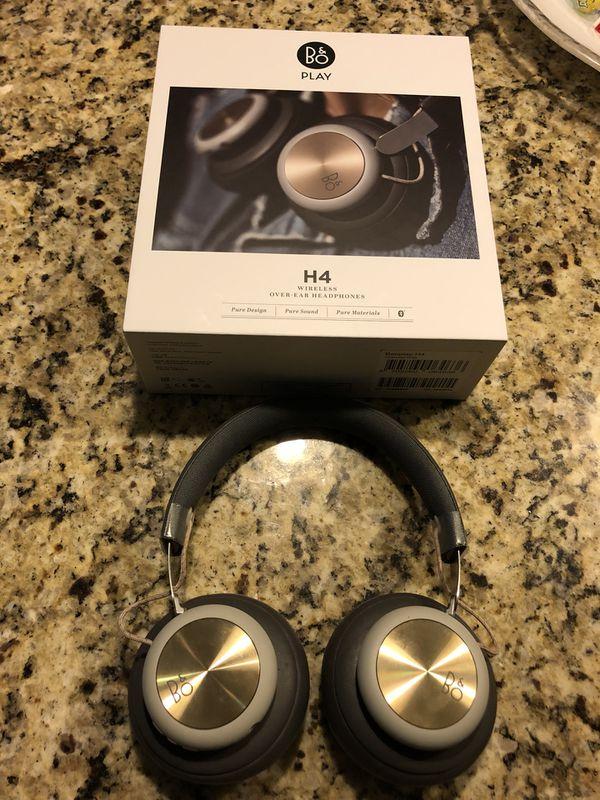 B&O (Bang & Olufsen) H4 wireless, Bluetooth headphones.