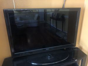 50 inch Apex tv works fine for Sale in Tampa, FL