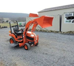 2012 Kubota BX1860 Sub Compact Tractor Loader Belly Mower 4X4 3 Point Hitch PTO! for Sale in Berkeley, CA