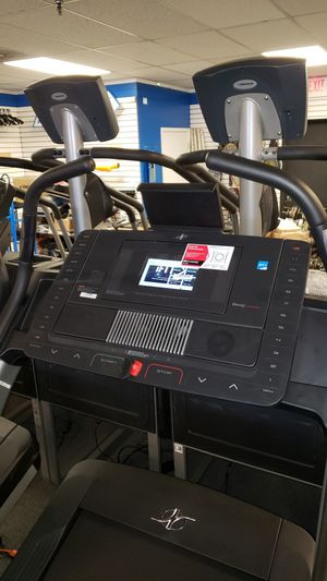 Nordictrack x9i incline trainer treadmill for Sale in Glendale, AZ