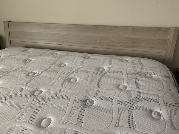 Serta Queen Pillow Top