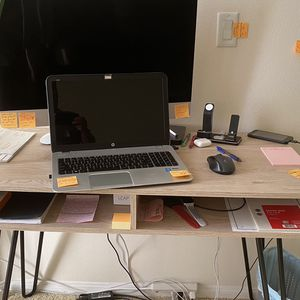 Computer Desk $40 like new for Sale in Los Angeles, CA