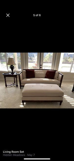 Living Room Set for Sale in Oak Glen, CA