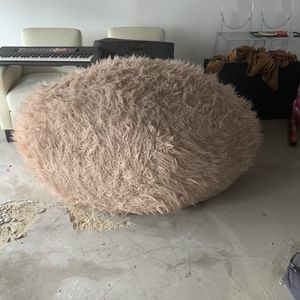 Extra Large Bean Bag Chair-Pink for Sale in Burbank, CA