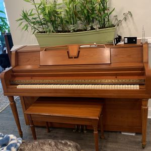 Free Piano for Sale in Rockville, MD