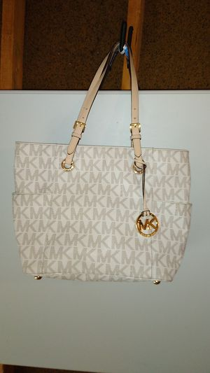 Michael Kor Jet Set Signature Logo Tote for Sale in Dublin, OH