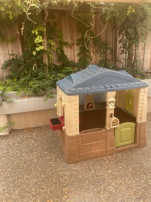 Step 2 Neat & Tidy Cottage Child's outdoor house for Sale in Concord, CA