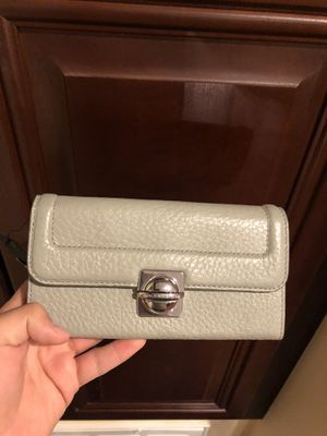 Grey Marc Jacobs wallet for Sale in El Cajon, CA