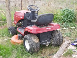 Craftsman lawn mower for Sale in Avondale, AZ