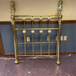 Brass Twin Size Headboard and Footboard for Sale in Butler,  PA