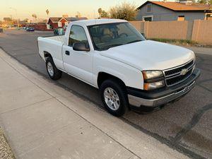 Chevy Silverado 4x4 for Sale in Phoenix, AZ