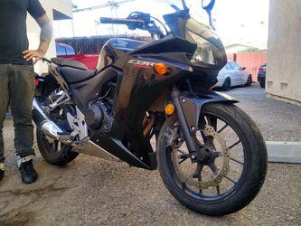 2013 Honda CBR 500R Clean Title In Hand for Sale in Costa Mesa,  CA