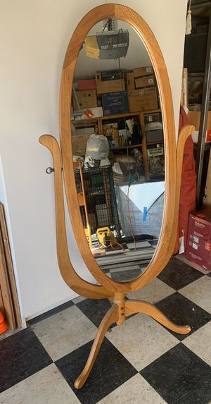 Stand alone mirror for Sale in Brentwood, CA