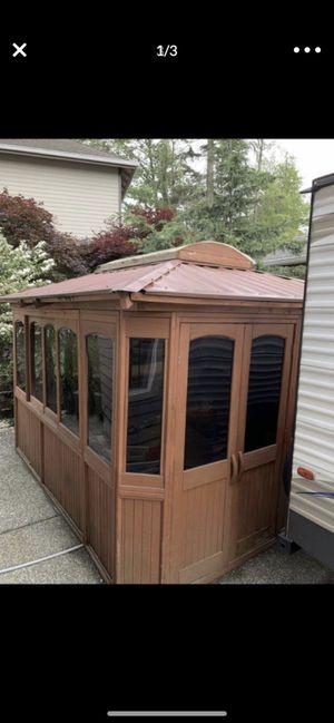 Hot tub gazebo. for Sale in Lynnwood, WA