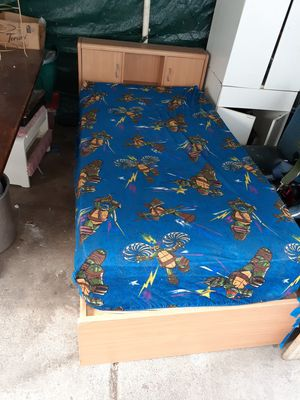 Twin bed frame 3 drawers with head board for Sale in San Jose, CA