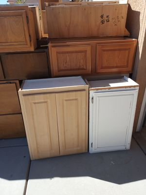 Kitchen Cabinets for Sale in Victorville, CA