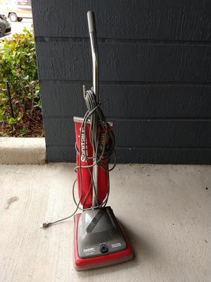 Sanitaire Commercial Upright Vacuum Cleaner for Sale in Miami, FL