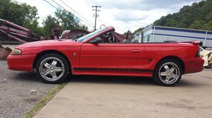 1996 Ford mustang convertible for Sale in Charleroi, PA
