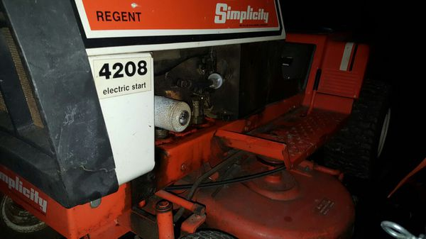 Simplicity Regent 4208 Lawn Tractor for Sale in Oley, PA - OfferUp