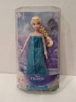 Disney Queen Elsa from Frozen Movie for Sale in Santa Ana, CA