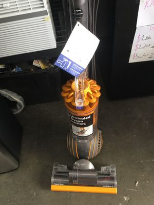 DYSON VACUUM MULTIFLOOR 2 for Sale in Downey, CA