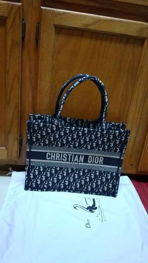 Christian Dior Book Tote oblique Bag Small, Blue and Beige. for Sale in Meadows Place, TX