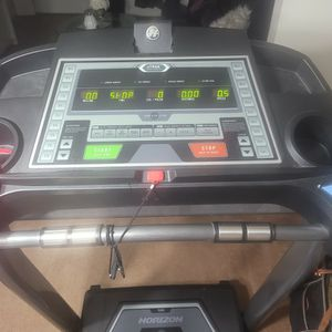 Horizon T500 Treadmill for Sale in Norfolk, VA