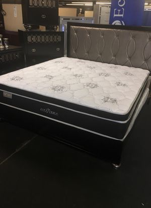 King or Queen sz Mattress for Sale in Baltimore, MD