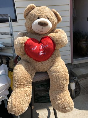 """Giant """"I Love You"""" Teddy Bear, like new, never used for Sale in Chula Vista, CA"""