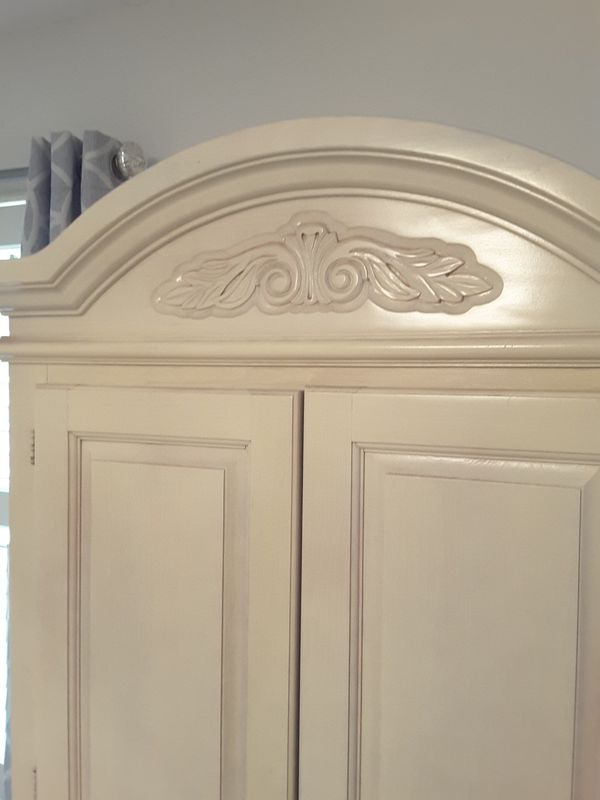 WHITE WASHED ARMOIRE WITH FRENCH MEMO BOARDS ( memo boards are removable)