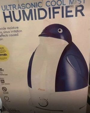Ultrasonic cool mist humidifier for Sale in San Antonio, TX