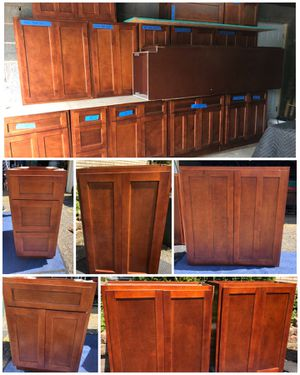 FULL SET NEW 16 pieces Kitchen Cabinets for Sale in Lakewood, OH