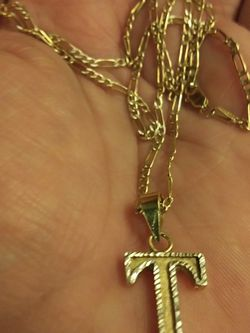 10k Chain And 14k Custom T PENDANT 24 Inches for Sale in Tacoma,  WA