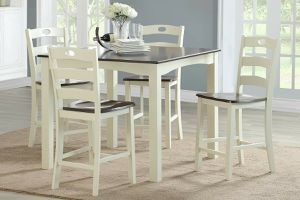 5 PIECE TWO TONE COUNTRY STYLE BREAKFAST KITCHENETTE DINING TABLE SET for Sale in Downey, CA